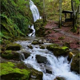 в сезона на водопадите - Скока