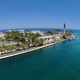 Хилсборо Инлет - на Атлантическия бряг на Флорида в Помпано Бийч снимано с хеликоптер-дрон DJI Phantom Vision 2 Plus