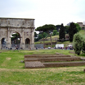 Арката на Константин І Велики