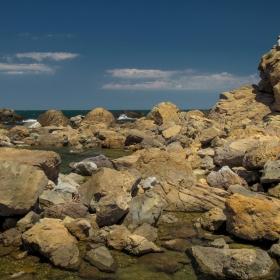 Скали, море и знойна жега!