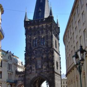 Прага, Барутната кула