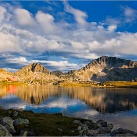 Привечер на Тевното езеро