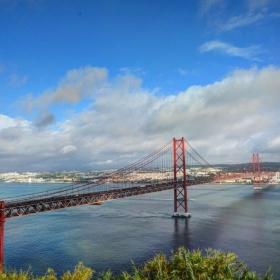 Лисабон мост 25ти Април