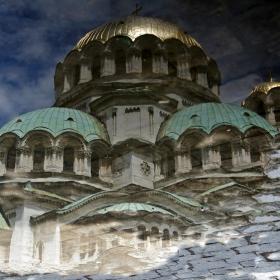 Най-сниманата локва в София