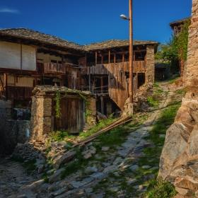 Разруха и безстопанственост из прекрасните кътчета на България!