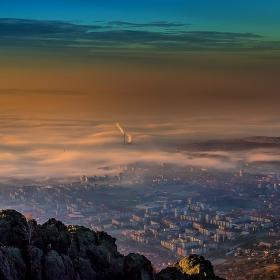 Утринна мъгла