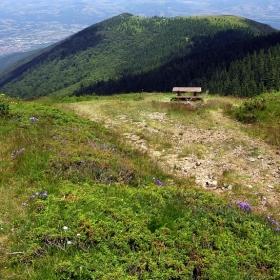 На връщане от връх Ком