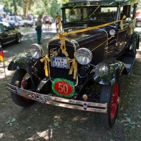Ford A 1930  Tudor Sedan оригинал- в деня на снимката, 02. 08. 2015,  точно 50 години  собственост на сегашния си притежател