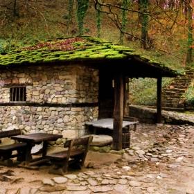 Кътче от Етъра в тихата есен