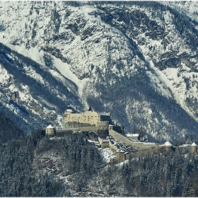 Замък Хохенверфен