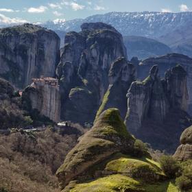 Манастирът
