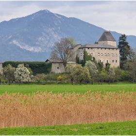 Замък Lichtwerth (ХІІ в.)