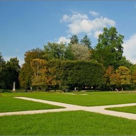 Градините на Хелбрун