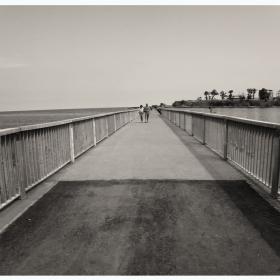 Разходка на кея