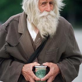 Дядо Добри днес стана на 101
