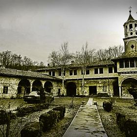 Плаковският манастир