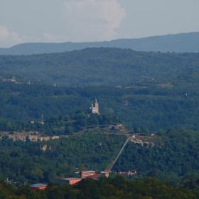 Поглед към Царевец от Преображенски монастир