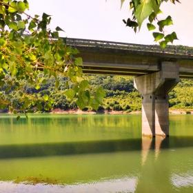 Мост над язовира