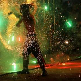 Магията на огнения танц