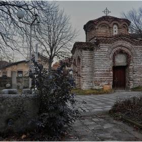 Църква Св. Никола 12-13 в.