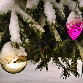 Новогодишен сняг
