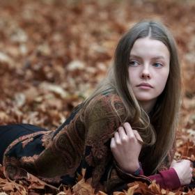 Тя и есента!