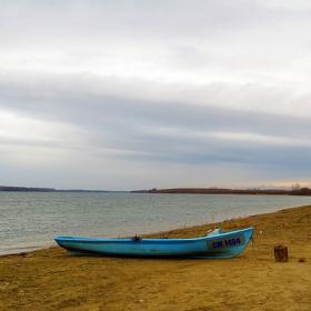 Синята лодка