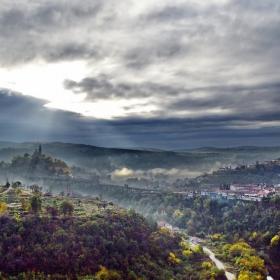 Мъгли и облаци над Второто Българско царство