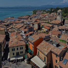 Сирмионе, Италия