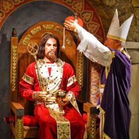 Коронясване на Цар Калоян от кардинал Лъв
