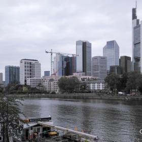 Франкфурт - река Майн.