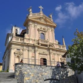 Църквата Св. апостол Андрей Първозвани, Брунате, Италия