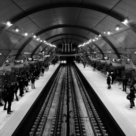 Метростанция Сердика