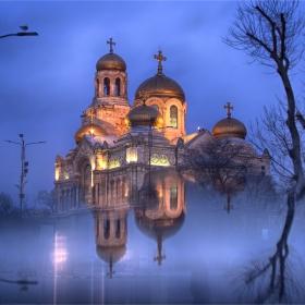 Златната катедрала на Варна
