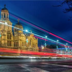 Светлината на Варна