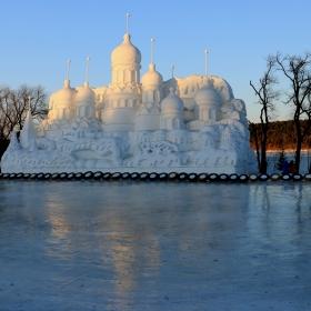 Снежният град