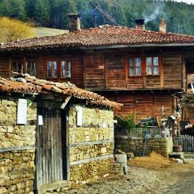 Българско и родно