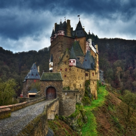 Burg Eltz...