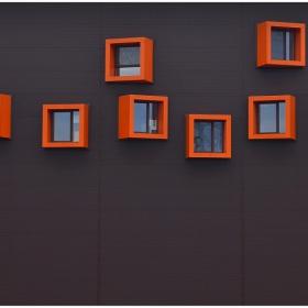 17......прозореца на фасадата