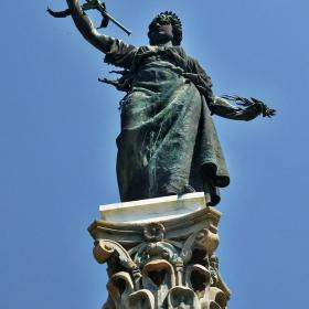 Севлиевският паметник на свободата - честит празник!