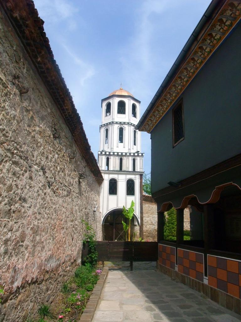 Камбанарията на църква Св. св. Константин и Елена