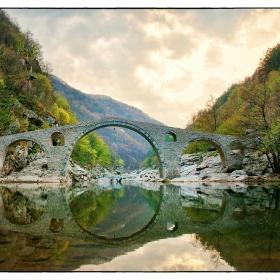 Дяволски мост...