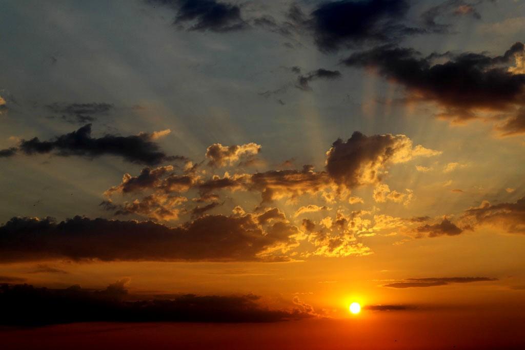 Джулайско небе