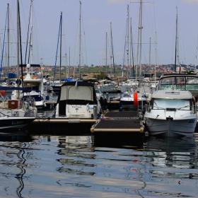 Поглед към пристанището
