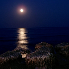 Вечер край морето