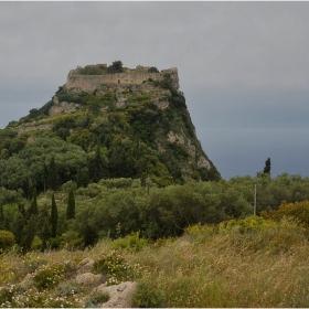 Крепост Angelokastro_13 век