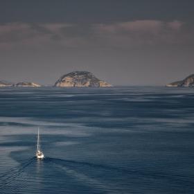 В пролива между островите Skopelos и Alonnisos