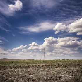Облаци и жици