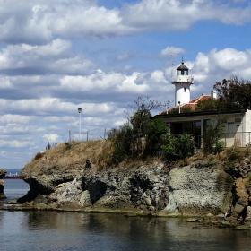 Фарът на остров Света Анастасия