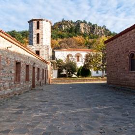 Манастир Дадиа